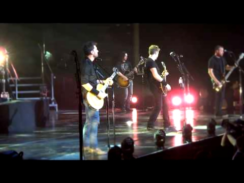 Nickelback - Hero (Spider Man) Live @ PPL Center - Allentown PA - 14 Feb 2015 HD