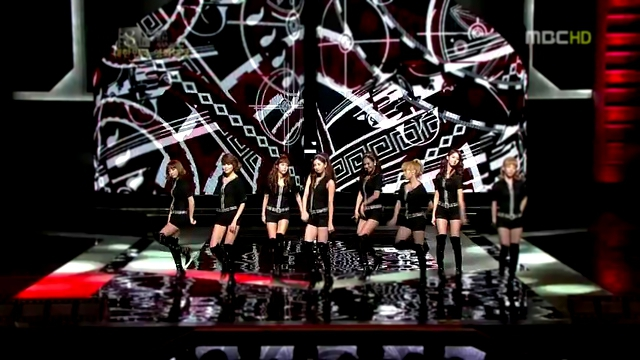 SNSD - Hoot @ Korea Film Awards [HD] 480 flv