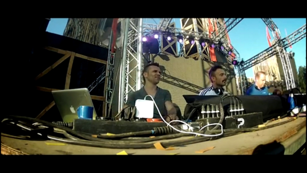 Noize Suppressor Live at Dominator 2013 - Carnival of Doom