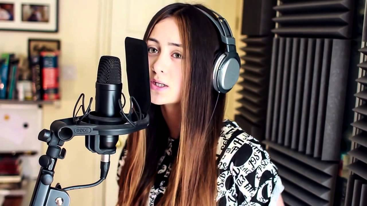 Jasmine Thompson - Chandelier (Sia Cover)